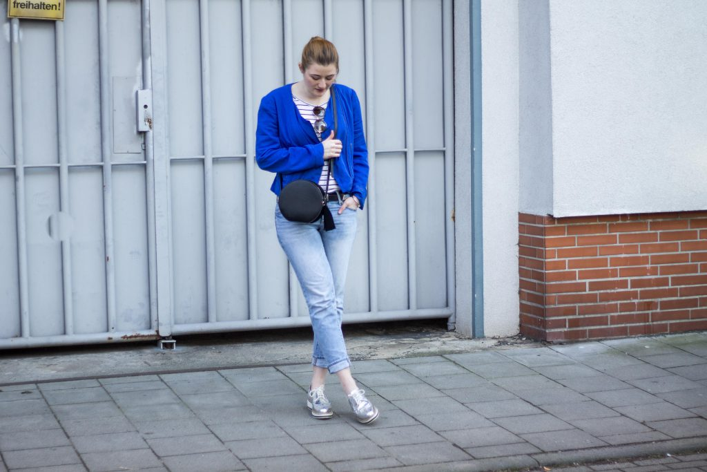 Jessika Fashion Outfit Post Style Blogger Germany Silver Sneaker Metallic Spring Look Zara Gap Jeans Boyfriend Asos H&M-7