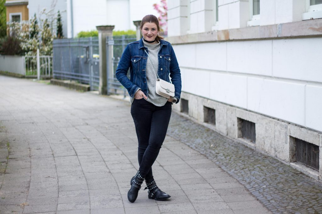 Jessika Fashion Blogger Silver Sneakers Shoes Zara Vintage Gap Boyfriend Jeans Mango Asos Style Blogger Spring Frühlings Look Inspiration OOTD-5